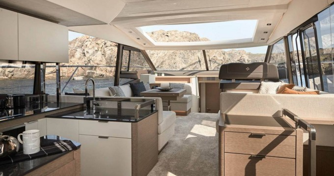 Alquiler de yate Port Grimaud - Prestige 590 s line en SamBoat