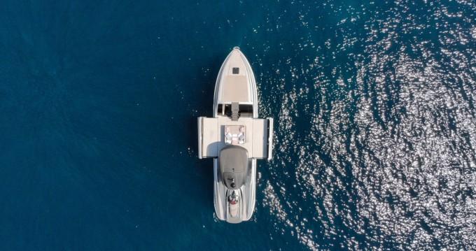 Alquiler Lancha Wider con título de navegación