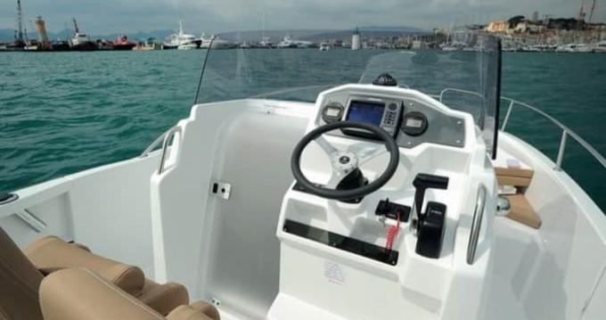Alquiler de barcos Arcachon barato de Cap Camarat 6.5 CC
