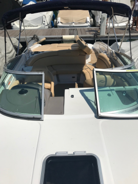 Alquiler de barcos Rinker 246 Cabin enVevey en Samboat