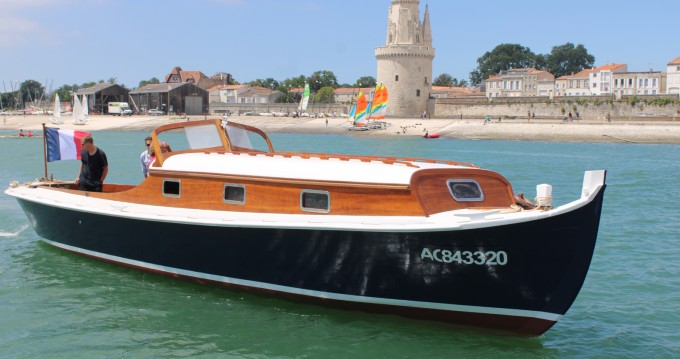 Alquiler de barcos La Rochelle barato de PINASSE