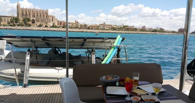Catamarán para alquilar Port Calanova al mejor precio