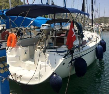 Alquiler de barcos Fethiye barato de Bavaria 30 Cruiser