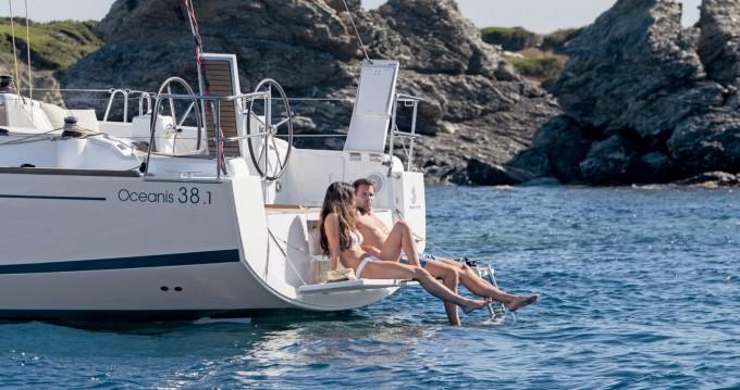 Alquiler de barcos Biograd na Moru barato de Oceanis 38.1