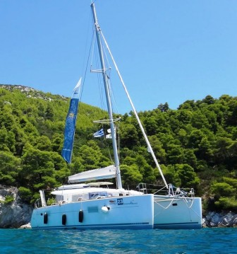 Alquiler de Catamarán, con o sin patrón Lagoon Ormos Panagias