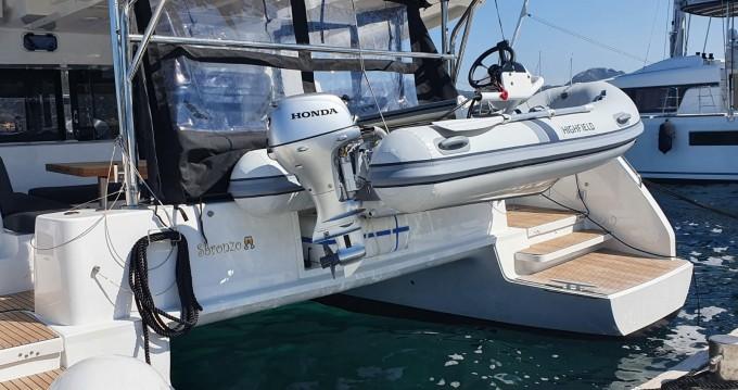 Alquiler de barcos Marina di Portisco barato de Lagoon 46