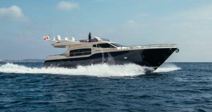 Ferretti Altura 690 entre particulares y profesional Cannes