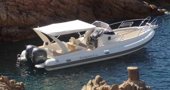 Alquiler de barcos Capelli Tempest 900 WA enRoses en Samboat