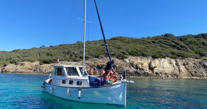Alquiler Lancha Menorquin-Yachts con título de navegación