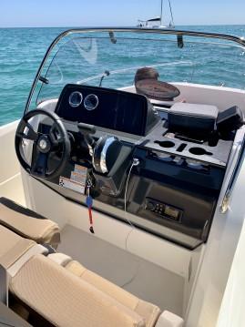 Alquiler de barcos Sitges barato de Activ 605 Open