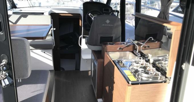 Alquiler de barcos Jeanneau Merry Fisher 895 enLe Grau-du-Roi en Samboat