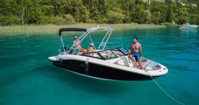 Alquiler de yate Aix-les-Bains - Sea Ray SPX 190 en SamBoat