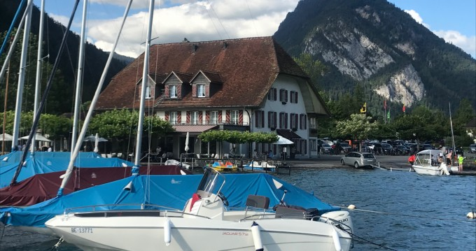 Alquiler de barcos Interlaken barato de Jaguar 5.7