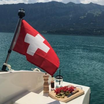 Alquiler Lancha en Interlaken - Prua al vento Jaguar 5.7