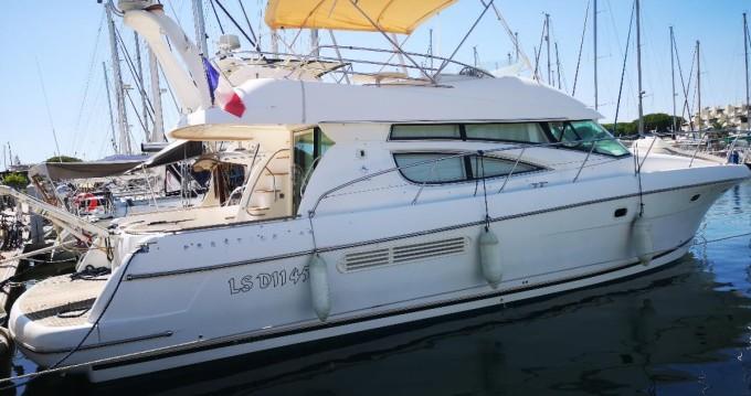 Alquiler de barcos Jeanneau Prestige 460 Fly enLe Grau-du-Roi en Samboat