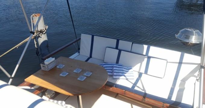 Alquiler de barcos Spandau barato de Sea Ray 245 Sundancer