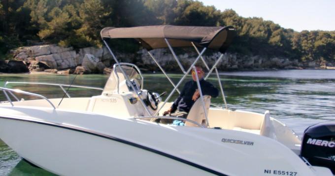 Alquiler de barcos Quicksilver Activ 535 Open enAntibes en Samboat