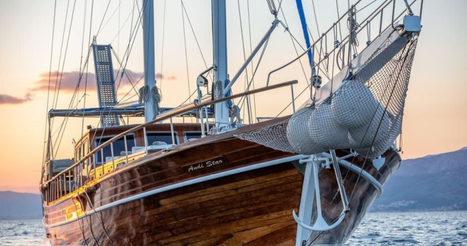 Alquiler de barcos ANDI STAR First 85.5 enSplit en Samboat