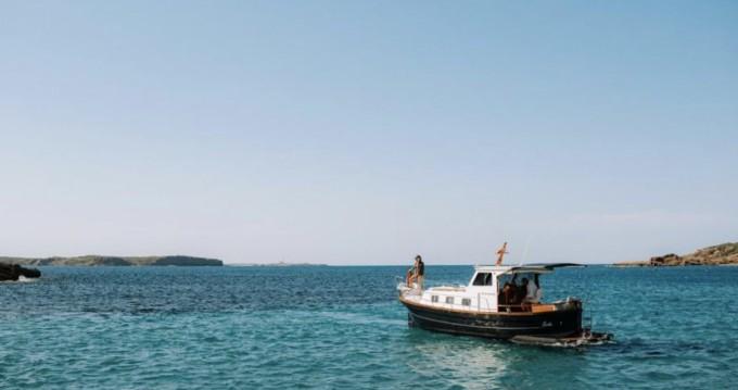 Alquiler Lancha en Mahón - Menorquin-Yachts Llaut menorquín 45