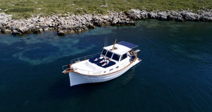 Alquiler de barcos Pollença barato de Menorquin Yachts 130