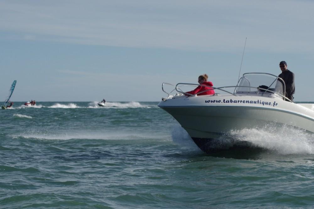 Alquiler de barcos Noirmoutier-en-l'Île barato de Quicksilver 635 Commander