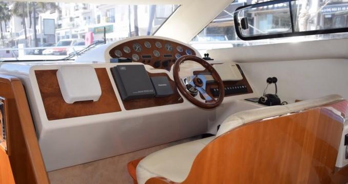 Alquiler de yate Marbella - Astondoa 40 fly en SamBoat