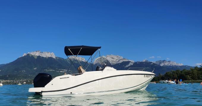 Alquiler de barcos Quicksilver Activ 555 Open enSaint-Jorioz en Samboat
