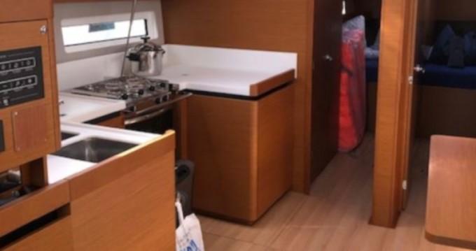 Alquiler de Jeanneau Sun Odyssey 490 en Marina del Sur