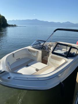 Alquiler de yate Lausanne - Bayliner VR6 en SamBoat