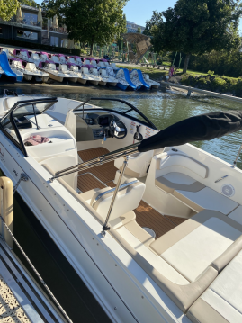 Bayliner VR6 entre particulares y profesional Lausanne