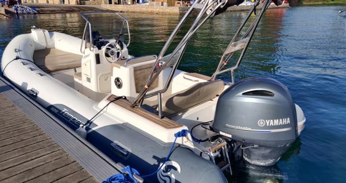 Alquiler de barcos Capelli Tempest 626 Limited enSarzeau en Samboat