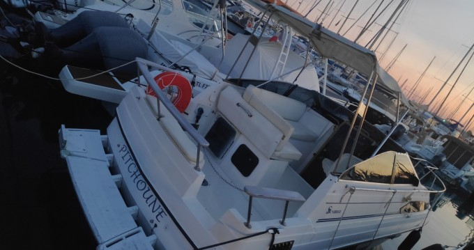 Alquiler de yate Cannes - Bayliner Sunbridge 2455 en SamBoat