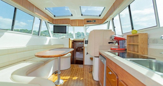 Alquiler de Gulf Craft ambassador 32 en Isla de Ibiza