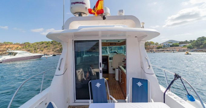 Alquiler Lancha Gulf Craft con título de navegación