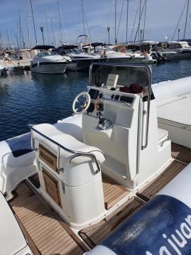 Alquiler de barcos Marseille barato de DORADO 7,5