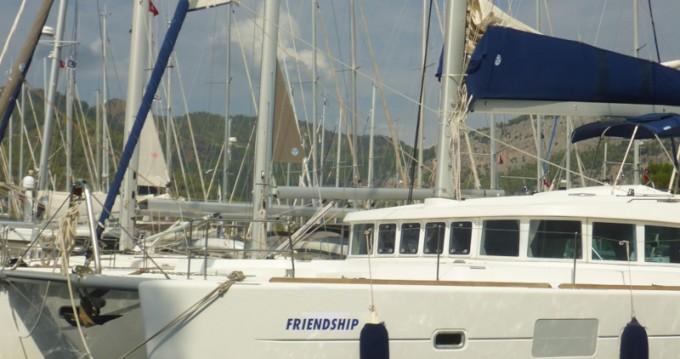 Alquiler de barcos Lagoon Lagoon 500 Flybridge  enSan Vincenzo en Samboat