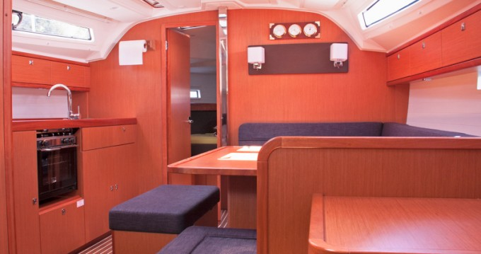 Bavaria Cruiser 41 entre particulares y profesional San Vincenzo