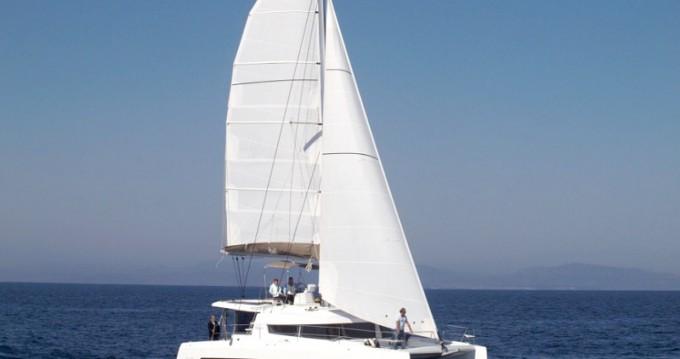 Alquiler de Bali Catamarans Bali 4.3 en Capo d'Orlando