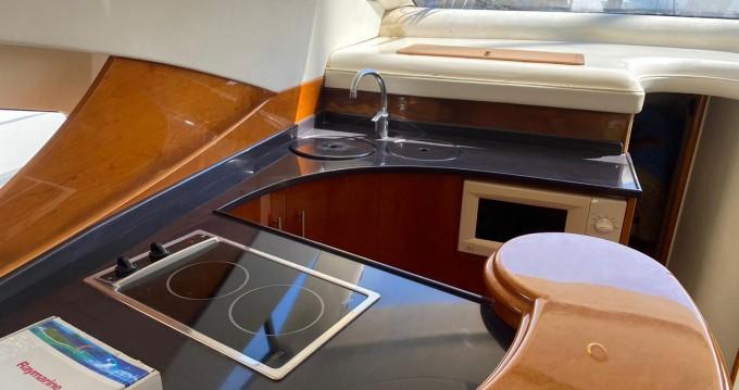 Alquiler de barcos Cullera barato de Astondoa 46