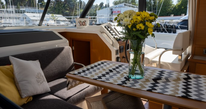 Alquiler de Bénéteau Swift Trawler 41 (2020) en Split