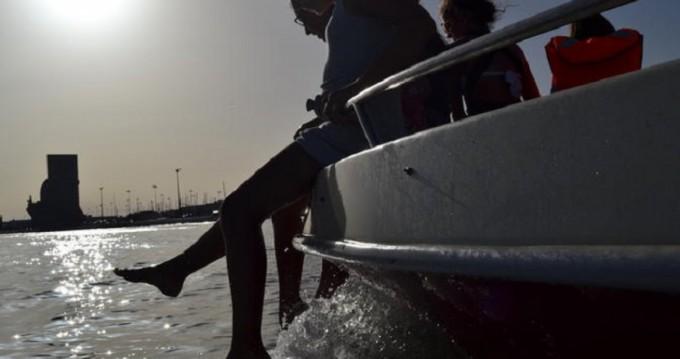 Alquiler Lancha Marlin Boat con título de navegación