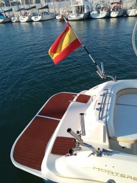 Alquiler de Monterey Explorer 240 en Fuengirola