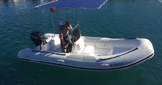 Alquiler Neumática en Almuñécar - Mercury Ocean Runner 460