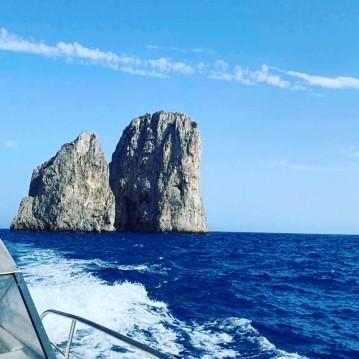 Alquiler de barcos Torre del Greco barato de CAIMAN 23