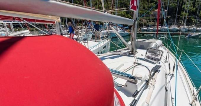 Alquiler de barcos Pirovac barato de Oceanis 423