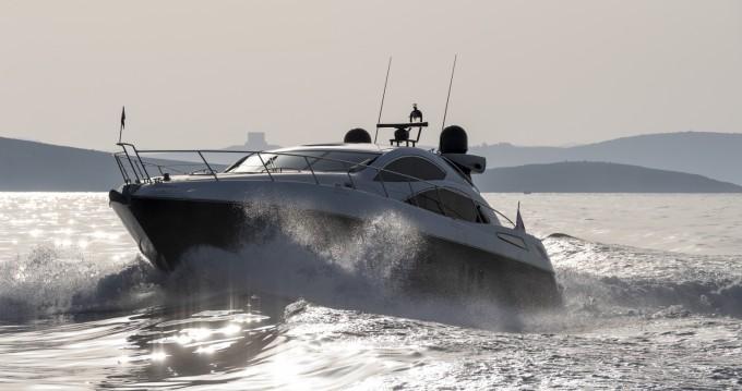 Alquiler de barcos San Julián barato de Predator 62