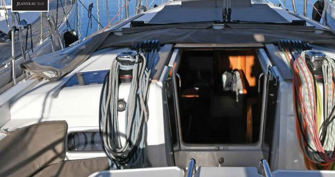 Jeanneau Sun Odyssey 519 entre particulares y profesional Atenas