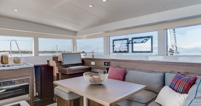 Catamarán para alquilar Palma de Mallorca al mejor precio