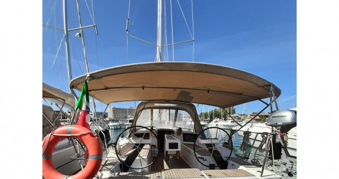 Alquiler de Dufour Dufour 360 Grand Large en Porto di Balestrate