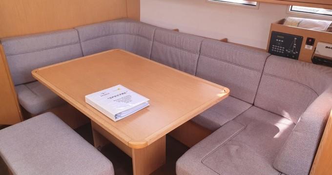 Bavaria Cruiser 46 entre particulares y profesional Cannigione